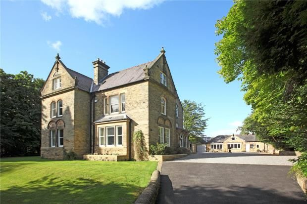 Thumbnail Detached house for sale in Burlington Road, Buxton