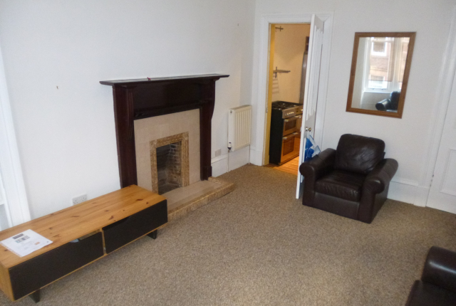 Thumbnail Flat to rent in Dundrennan Road, Battlefield, Glasgow G42,