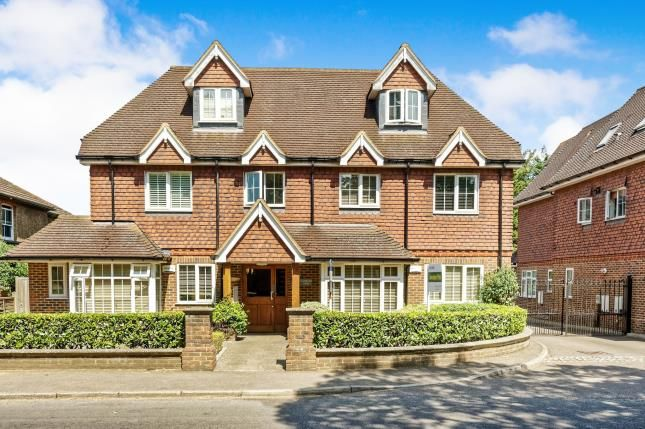 Thumbnail Flat for sale in 108 Send Road, Woking, Surrey