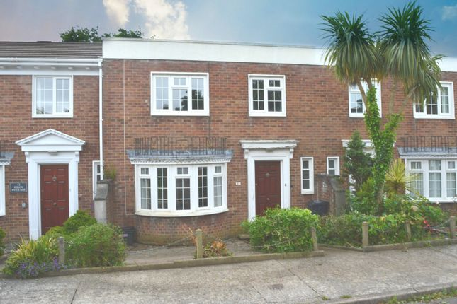 Thumbnail Terraced house to rent in Thorncliff Close, Torquay