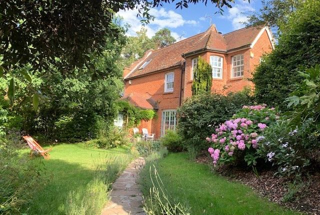 Thumbnail Semi-detached house for sale in Mowbray Hill, Mortimer, Berkshire