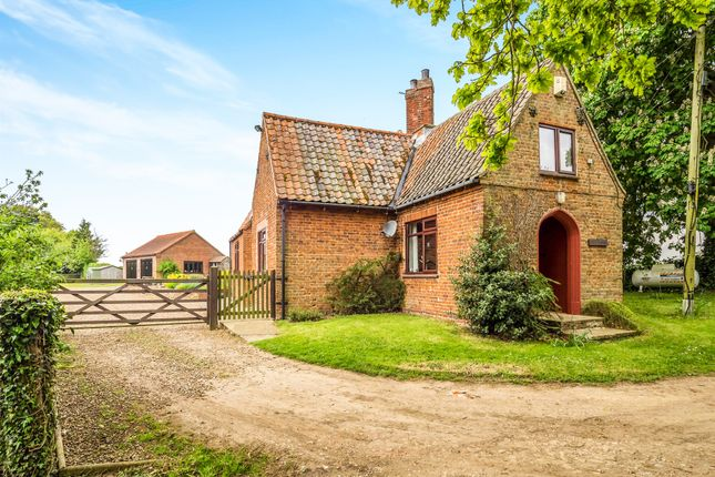 Thumbnail Property for sale in Wood Dalling Road, Wood Dalling, Norwich