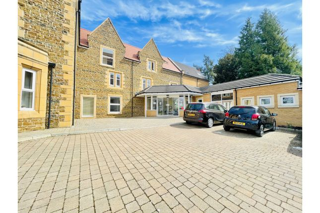 Thumbnail Flat for sale in Welford Road, Northampton