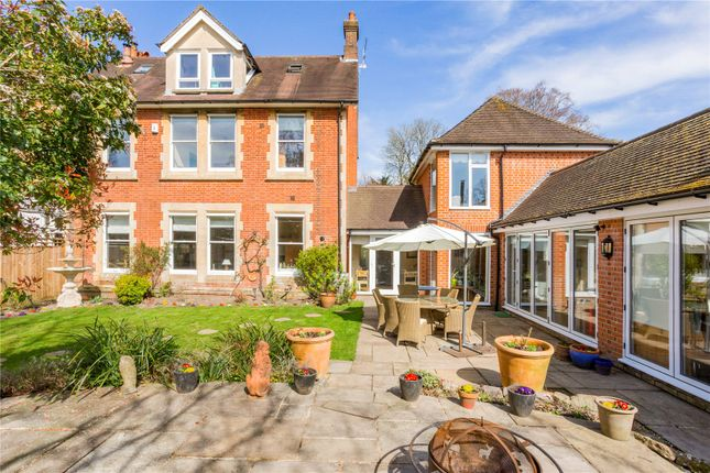 4 bed end terrace house for sale in Earlsdown, Northbrook Avenue, Winchester, Hampshire SO23
