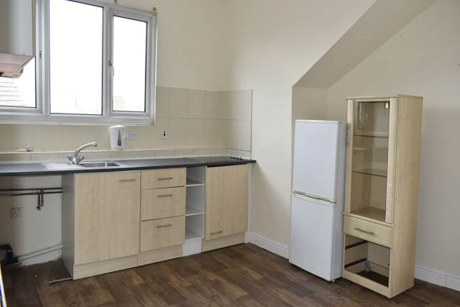 Thumbnail Room to rent in 1 Recreation Row, Holbeck, Leeds