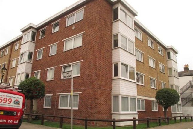 Thumbnail Flat to rent in Greyfriars Court, The Retreat, Southsea