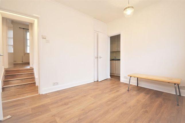 1 bed flat to rent in Churchfield Road, London W3