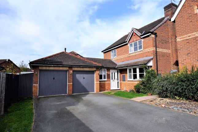 Thumbnail Detached house for sale in Maple Close, Holmes Chapel, Crewe