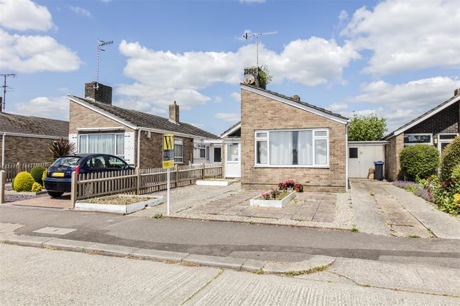 Thumbnail Bungalow for sale in Muirfield Road, Durrington, West Sussex