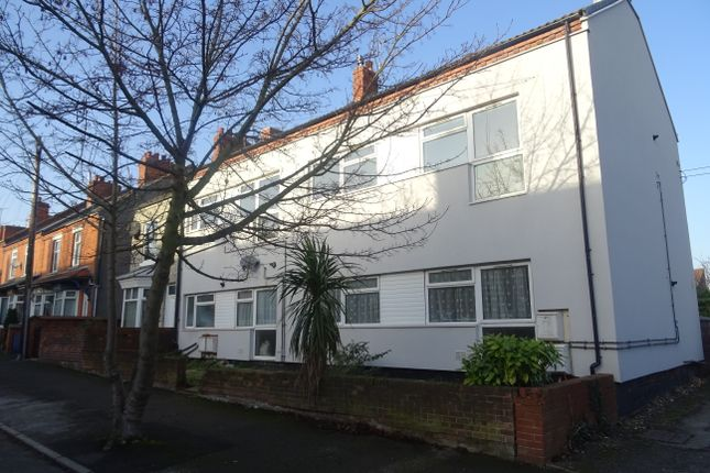 Thumbnail Flat to rent in King Street, Hodthorpe, Worksop