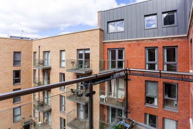 Thumbnail 2 bed flat to rent in Palmer Street, York