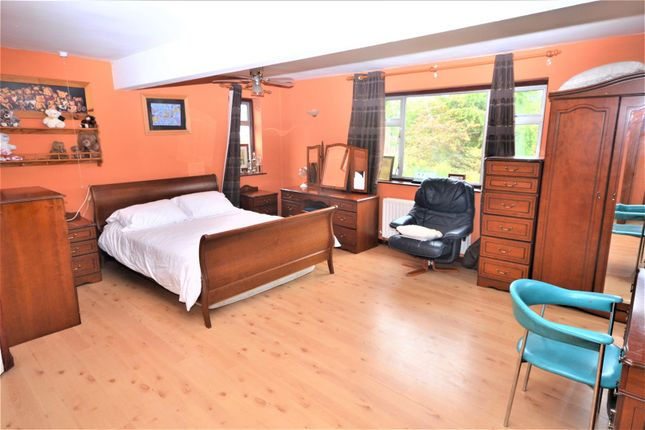 Bedroom of Cranborne Chase, Clifford Park, Coventry CV2
