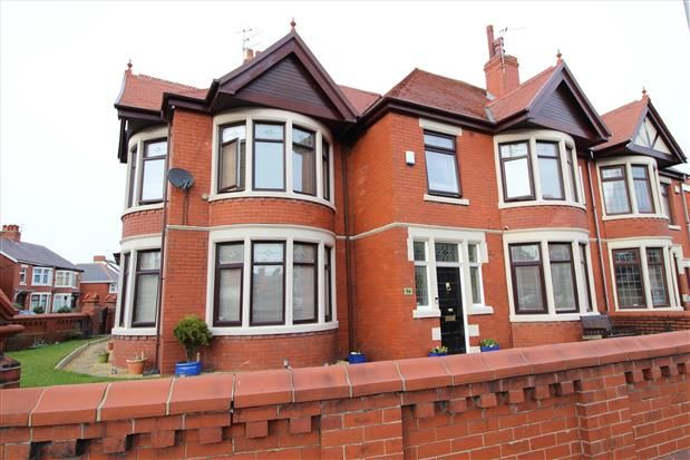 Thumbnail Property to rent in Newton Drive, Blackpool