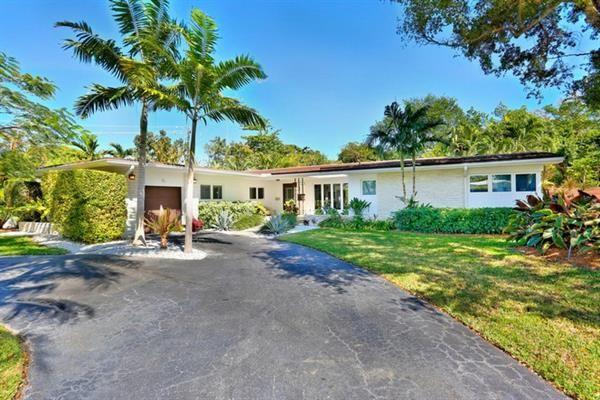 15 Shore Dr E, Coconut Grove, Florida, United States Of America