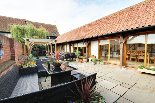Thumbnail Barn conversion for sale in Beadlow, Shefford, Bedfordshire