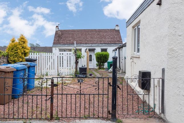 Thumbnail Cottage for sale in Hillhead Street, Lundin Links, Leven