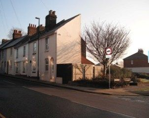 Thumbnail End terrace house to rent in Frindsbury Road, Strood