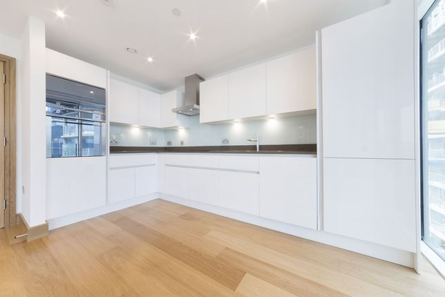 2 bed flat to rent in Markham Heights, 5 Crossharbour Plaza, Canary Wharf, London