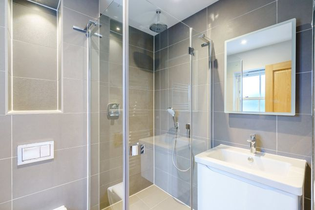 En Suite Shower of Chalkpit Lane, Marlow, Buckinghamshire SL7