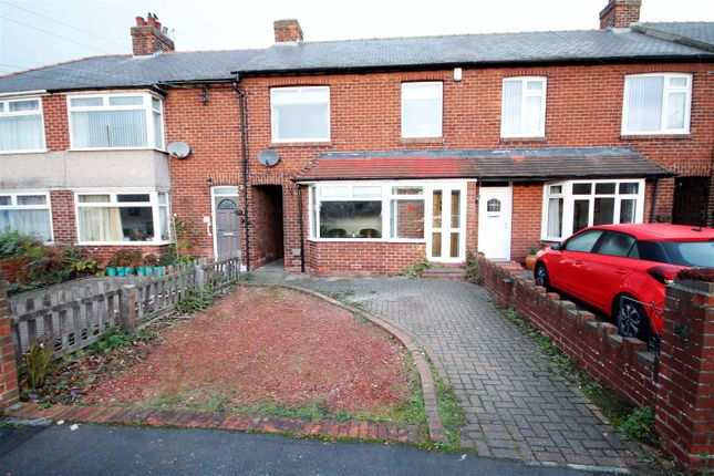 3 bed terraced house to rent in St. Cuthberts Avenue, Framwellgate Moor, Durham DH1