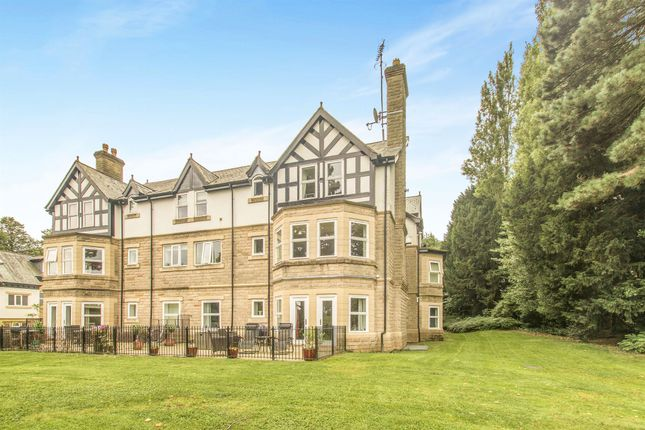 Thumbnail Flat For Sale In Park Avenue Roundhay Leeds
