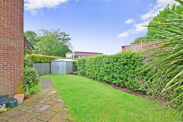 Thumbnail End terrace house for sale in Drum Mead, Petersfield, Hampshire