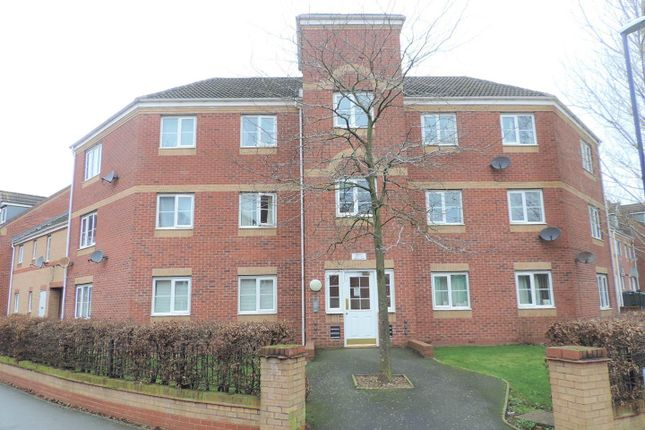 Flat to rent in Thackhall Street, Stoke, Coventry