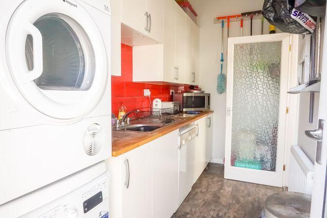 Utility Room of Passmore, Milton Keynes MK6