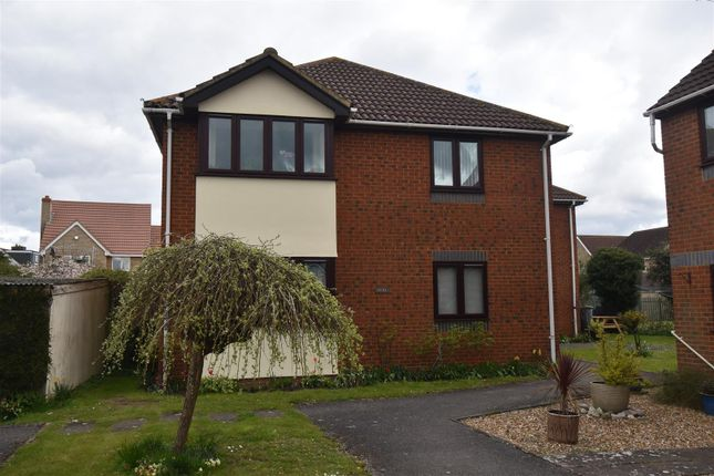 Thumbnail Flat for sale in The Hawthorns, Cranfield, Bedford