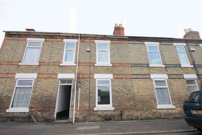 Thumbnail Semi-detached house to rent in Leman Street, Derby