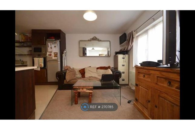 Thumbnail Bungalow to rent in Empress Avenue, Ilford