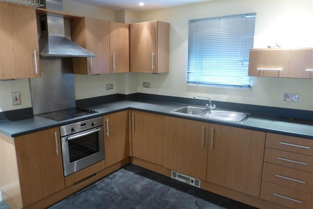 2 bed flat to rent in Glanfa Dafydd, Barry