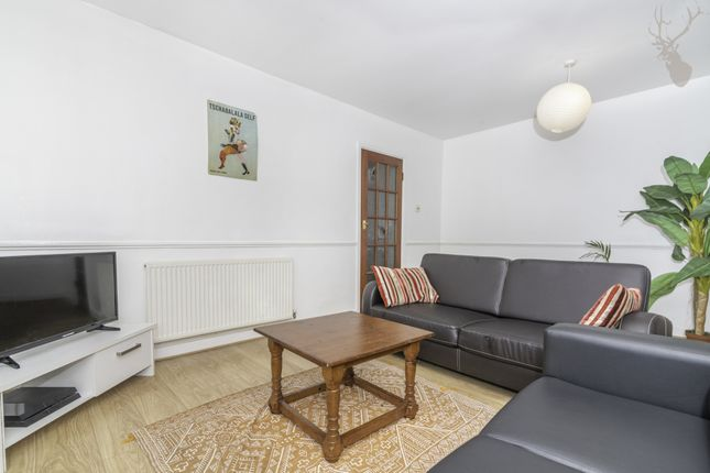 Thumbnail Maisonette for sale in Ivanhoe House, Grove Road, Bow
