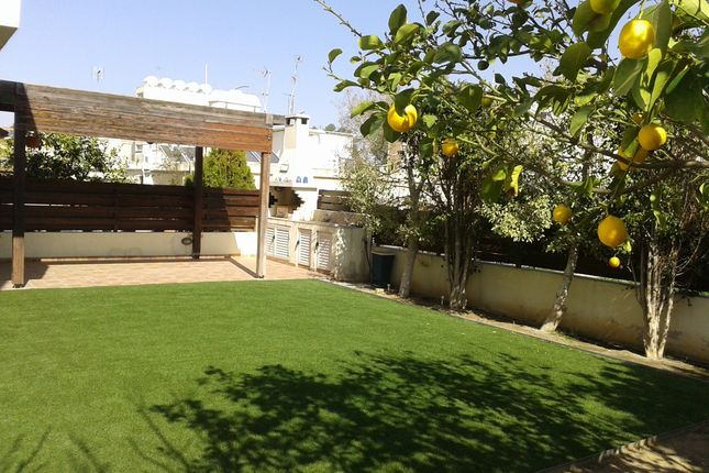 Thumbnail Apartment for sale in Ww5245, Strovolos, Cyprus