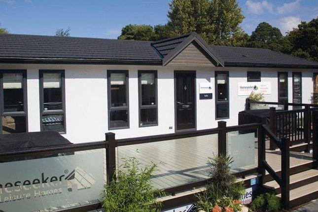 Thumbnail Mobile/park home for sale in Glendene Park, Bashley Cross Road, New Milton