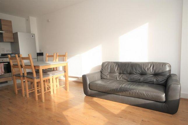 Living Room of Tarves Way, Greenwich, London SE10