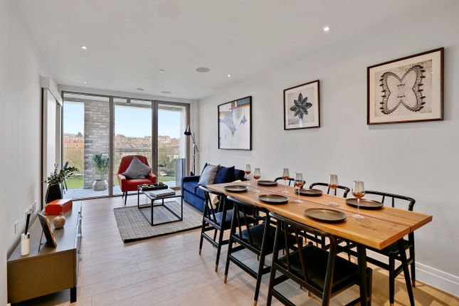 3 bed flat for sale in 1 Espalier Gardens, London NW6