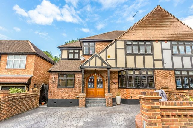 Thumbnail Semi-detached house to rent in Coolgardie Avenue, Chigwell