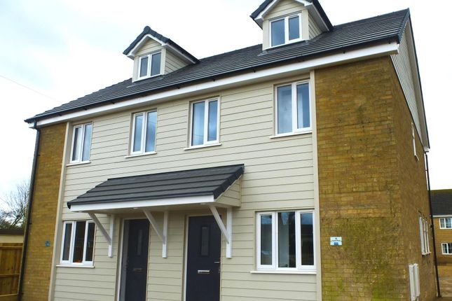 3 bed semi-detached house to rent in Upwell Road, March