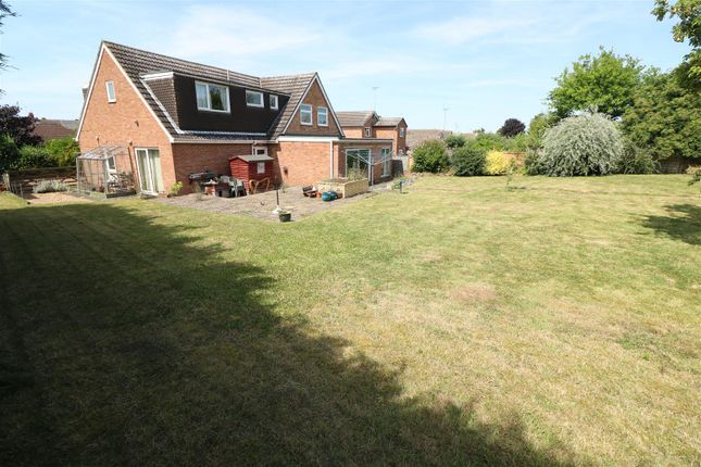 5 bed detached house for sale in Cresswell Road, Rushden