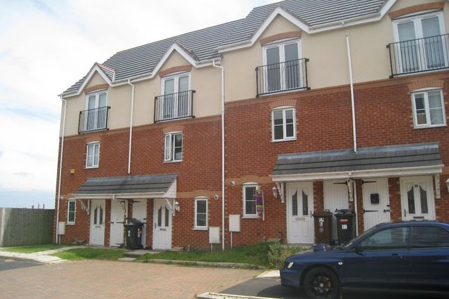Thumbnail Detached house to rent in Plane Avenue, Wigan