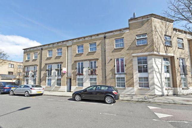 Thumbnail Flat to rent in Cubitt Street, London