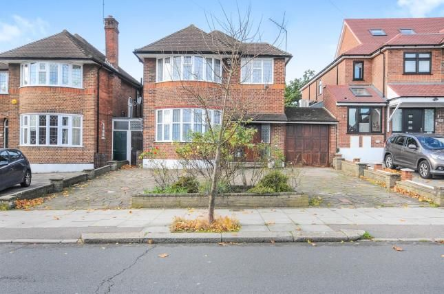 4 bed detached house for sale in Southover, London