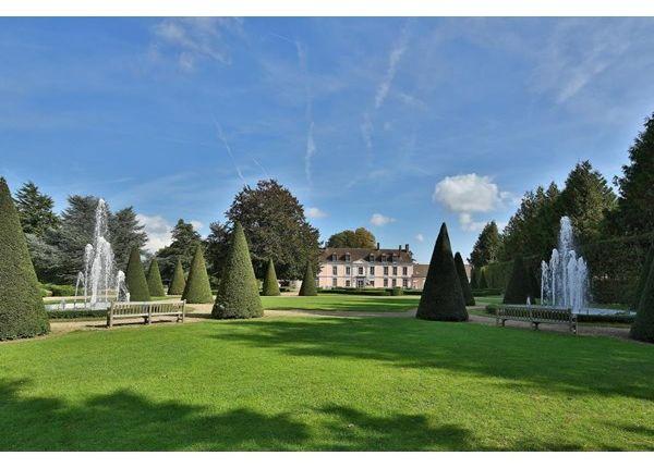 Thumbnail Property for sale in 60800, Crepy En Valois, Fr