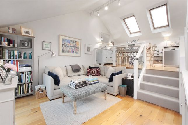 Thumbnail Flat for sale in Ravenslea Road, Balham, London