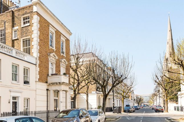 Picture No. 17 of Gloucester Street, London SW1V