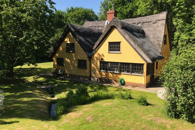 Thumbnail Cottage for sale in Mill Hill, Lawford