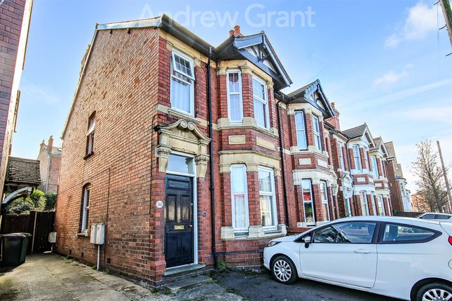 Thumbnail Semi-detached house to rent in Bath Road, Worcester, Worcestershire