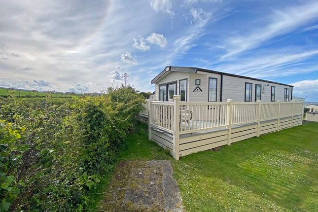 2 bed mobile/park home for sale in Blue Anchor, Minehead TA24