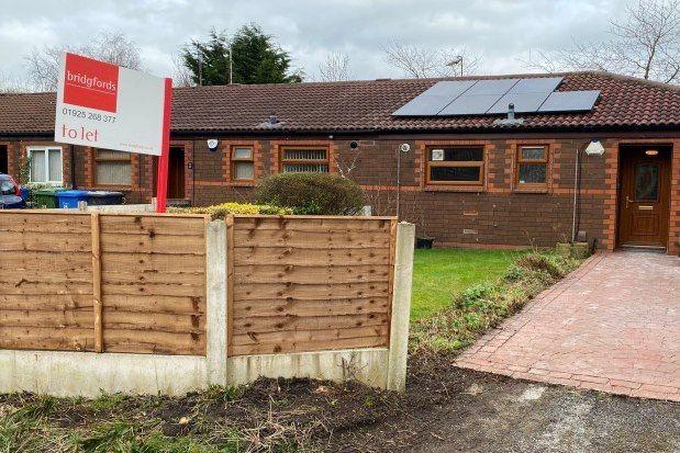 Thumbnail Bungalow to rent in Swallow Close, Warrington